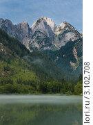 Горный пейзаж с озером. Альпы, Австрия. Стоковое фото, фотограф Aleksandrs Jemeļjanovs / Фотобанк Лори