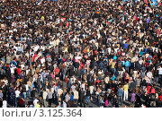 Толпа, вид сверху (2011 год). Редакционное фото, фотограф Vladimir Kolobov / Фотобанк Лори