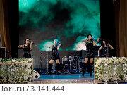 Купить «Скрипичный Квартет Инфинити на сцене», эксклюзивное фото № 3141444, снято 12 ноября 2011 г. (c) Татьяна Белова / Фотобанк Лори