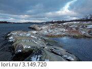 Купить «Южный берег острова Лаппо в коммуне Брандё на Аландских островах зимой, Финляндия», фото № 3149720, снято 6 января 2012 г. (c) Михаил Марковский / Фотобанк Лори