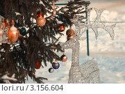Купить «Хрустальный олень под украшенной елкой», фото № 3156604, снято 10 января 2012 г. (c) Павел Сушков / Фотобанк Лори