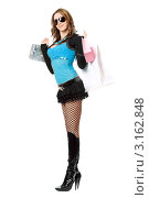 Купить «Довольная  молодая  женщина  с  покупками», фото № 3162848, снято 13 февраля 2010 г. (c) Сергей Сухоруков / Фотобанк Лори