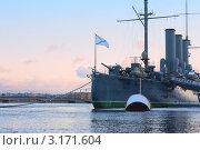 Купить «Крейсер Аврора на Петроградской набережной зимой, Санкт-Петербург», фото № 3171604, снято 15 января 2012 г. (c) Нелли Сабитова / Фотобанк Лори
