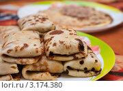Купить «Блины с мясом», эксклюзивное фото № 3174380, снято 16 января 2012 г. (c) Игорь Низов / Фотобанк Лори