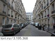 Купить «Улицы Парижа», фото № 3195368, снято 18 января 2012 г. (c) natalya ryzhko / Фотобанк Лори