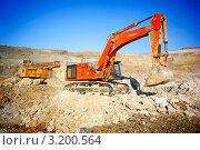 Купить «Погрузка руды», фото № 3200564, снято 25 января 2012 г. (c) Хайрятдинов Ринат / Фотобанк Лори