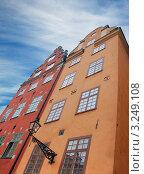 Средневековые здания на площади Stortorgsbrunnen. Стокгольм, Швеция (2008 год). Стоковое фото, фотограф Jelena Dautova / Фотобанк Лори