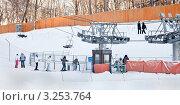 Купить «Подъемник», эксклюзивное фото № 3253764, снято 29 января 2012 г. (c) Parmenov Pavel / Фотобанк Лори