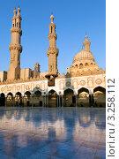 Купить «Мусульманская духовная академия-университет и мечеть Аль-Азхар, Каир, Египет», фото № 3258112, снято 21 января 2012 г. (c) Николай Винокуров / Фотобанк Лори