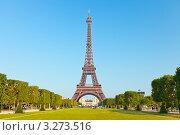Купить «Эйфелева башня, Париж, Франция», фото № 3273516, снято 11 декабря 2017 г. (c) Sergey Borisov / Фотобанк Лори