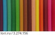 Купить «Фон из цветных карандашей», видеоролик № 3274156, снято 16 февраля 2012 г. (c) Владислав Старожилов / Фотобанк Лори