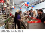 Купить «Барная стойка», фото № 3317864, снято 4 марта 2012 г. (c) Михаил Иванов / Фотобанк Лори