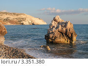 Место рождения Афродиты - Aphrodite`s Rock, Пафос, Кипр (2012 год). Стоковое фото, фотограф Павел Михеев / Фотобанк Лори
