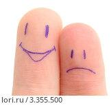 Купить «Два пальца с грустной и веселой нарисованной рожицей», фото № 3355500, снято 17 марта 2012 г. (c) Насыров Руслан / Фотобанк Лори