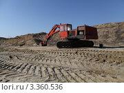 Экскаватор в песчаном карьере. Стоковое фото, фотограф Юрий Кузовлев / Фотобанк Лори