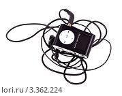 Купить «Mp3-плеер с наушниками на белом фоне», фото № 3362224, снято 24 февраля 2012 г. (c) Ivan Korolev / Фотобанк Лори