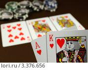 Игра в покер. Стоковое фото, фотограф Юлия Антофагаста / Фотобанк Лори