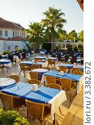 Купить «Терраса кафе в отеле», фото № 3382672, снято 26 августа 2011 г. (c) Дмитрий Наумов / Фотобанк Лори