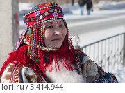 Купить «Женщина хантейка в национальном костюме», фото № 3414944, снято 25 марта 2012 г. (c) Михаил Рыбачек / Фотобанк Лори