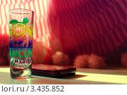 Рюмка для текилы. Стоковое фото, фотограф Ольга Никитина / Фотобанк Лори