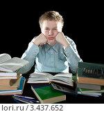 Купить «Молодой человек всю ночь готовится к экзаменам», фото № 3437652, снято 28 ноября 2010 г. (c) Куликов Константин / Фотобанк Лори