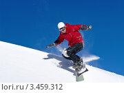 Сноубордист на фоне синего неба. Стоковое фото, фотограф Владимир Логутенко / Фотобанк Лори