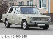 Купить «ВАЗ-2101 «Жигули»», эксклюзивное фото № 3460840, снято 22 апреля 2012 г. (c) Александр Тарасенков / Фотобанк Лори
