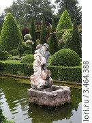 Купить «Скульптура мальчика и девочки. Тропический сад Нонг Нуч. Паттайя, Таиланд», фото № 3464388, снято 24 марта 2012 г. (c) Григорий Писоцкий / Фотобанк Лори
