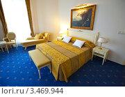 Купить «Спальня в отеле», эксклюзивное фото № 3469944, снято 24 ноября 2011 г. (c) Яков Филимонов / Фотобанк Лори