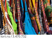 Купить «Различные сумки с восточным орнаментом на турецком базаре», фото № 3470732, снято 21 апреля 2012 г. (c) Sergey Kohl / Фотобанк Лори