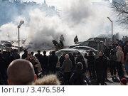 Пожар на автостоянке (2012 год). Редакционное фото, фотограф Alexander Dmitriev / Фотобанк Лори