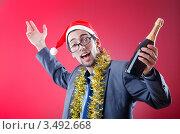 Купить «Пьяный офисный работник празднует новый год», фото № 3492668, снято 20 сентября 2011 г. (c) Elnur / Фотобанк Лори