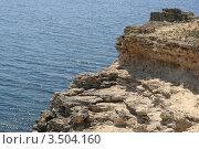 Купить «Обрывистый берег», фото № 3504160, снято 1 мая 2012 г. (c) Робул Дмитрий / Фотобанк Лори