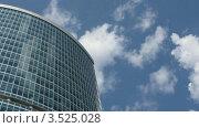 Купить «Неебоскреб на фоне неба, таймлапс», видеоролик № 3525028, снято 14 июля 2008 г. (c) Losevsky Pavel / Фотобанк Лори