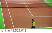 Купить «Выступление Марата Сафина на Кремлевском Кубке по теннису, 2008 год», видеоролик № 3529012, снято 16 октября 2008 г. (c) Losevsky Pavel / Фотобанк Лори