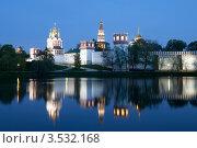 Купить «Новодевичий монастырь. Москва», эксклюзивное фото № 3532168, снято 7 мая 2012 г. (c) Литвяк Игорь / Фотобанк Лори