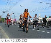 Купить «Москва, 20 мая. Велопарад Let's bike it!», эксклюзивное фото № 3535552, снято 20 мая 2012 г. (c) lana1501 / Фотобанк Лори