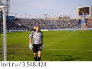 Купить «В. Малафеев на стадионе Петровский.», фото № 3548424, снято 6 мая 2012 г. (c) Vladimir Kolobov / Фотобанк Лори