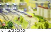 Купить «Железнодорожный вокзал в игрушечном городе», видеоролик № 3563708, снято 4 февраля 2010 г. (c) Losevsky Pavel / Фотобанк Лори