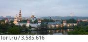 Купить «Панорамный вид на Новодевичий монастырь.Москва», эксклюзивное фото № 3585616, снято 9 мая 2012 г. (c) Литвяк Игорь / Фотобанк Лори