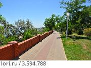 Купить «Набережная в Ильичевске», фото № 3594788, снято 11 июня 2012 г. (c) Наталия Попова / Фотобанк Лори
