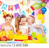 Купить «Детский день рождения», фото № 3600588, снято 17 марта 2012 г. (c) Gennadiy Poznyakov / Фотобанк Лори