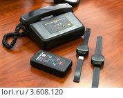 Купить «Система электронного мониторинга подконтрольных лиц», эксклюзивное фото № 3608120, снято 4 мая 2012 г. (c) Free Wind / Фотобанк Лори