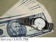 Купить «Доллары и часы», фото № 3615788, снято 27 апреля 2010 г. (c) Александр Скопинцев / Фотобанк Лори