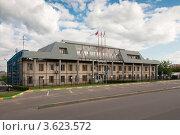 Купить «Здание администрации города Котельники», эксклюзивное фото № 3623572, снято 24 июня 2012 г. (c) Зобков Георгий / Фотобанк Лори