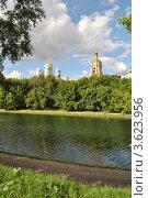 Купить «Новоспасский монастырь. Москва», эксклюзивное фото № 3623956, снято 18 июня 2012 г. (c) lana1501 / Фотобанк Лори