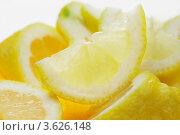 Дольки лимона. Стоковое фото, фотограф Gerasimova Inga / Фотобанк Лори