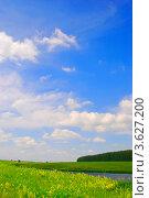 Красивые облака на голубом небе (2012 год). Стоковое фото, фотограф Петрова Инна / Фотобанк Лори