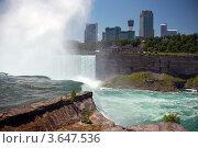 Ниагарские водопады. Вид на канадскую сторону. (2012 год). Стоковое фото, фотограф Дмитрий Поляков / Фотобанк Лори