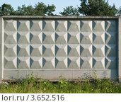 Бетонная рельефная стена. Стоковое фото, фотограф Алексей Омельянович / Фотобанк Лори